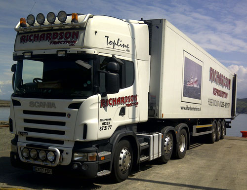 Refrigerated lorry transporting goods